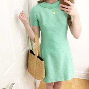 Vintage Mod Minty Green Mini Shift Dress 50s / 60s